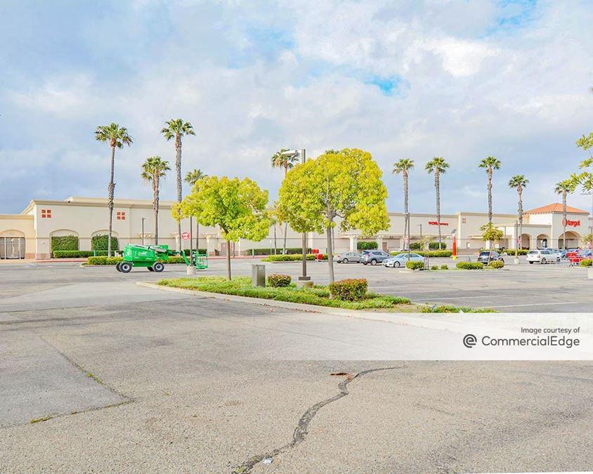 Camarillo Town Center - Target