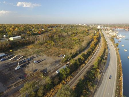 +/-15 AC Industrial Land near I-80 - Joliet