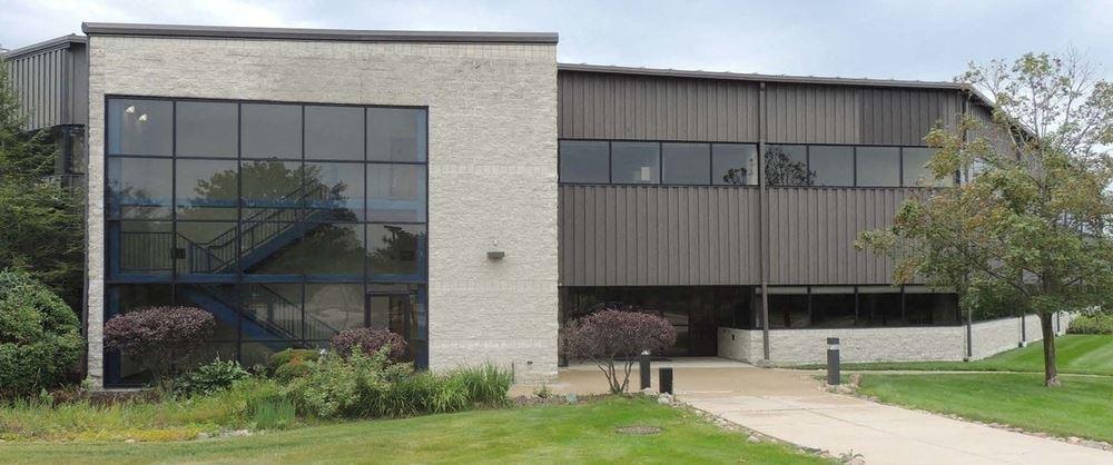 7322 Newman, Building 3