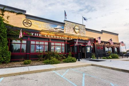 Well-located, Turnkey 8,500± SF Former Restaurant - Indianapolis