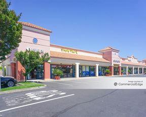 Raley's Shopping Center