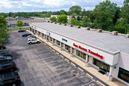 Glen Knolls Shopping Center - Peoria