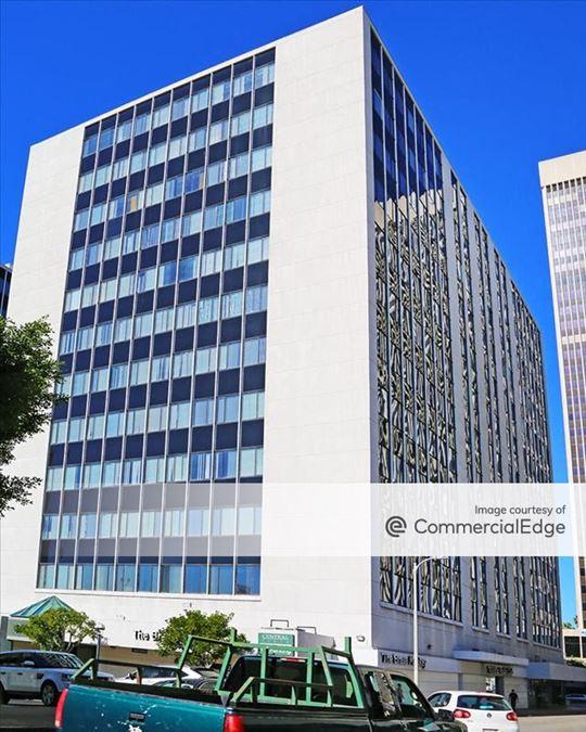 Central Plaza - 3440 Wilshire Blvd