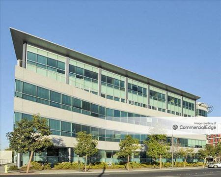 Redwood City Tech Station - Redwood City