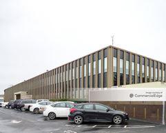 The Cliffs Office Center - Columbus