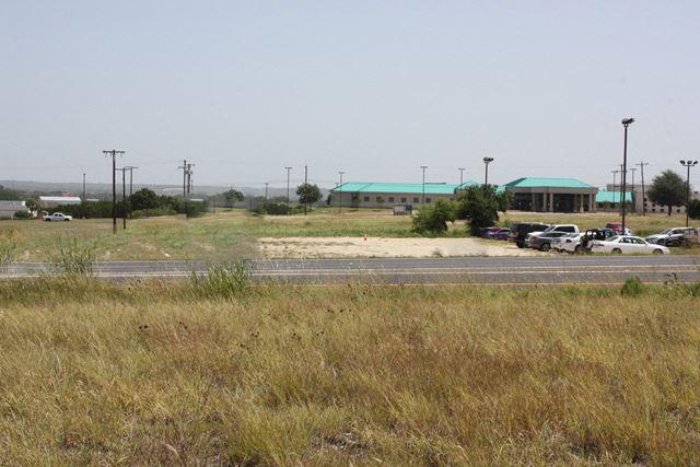 3705 E. Central Texas Expressway
