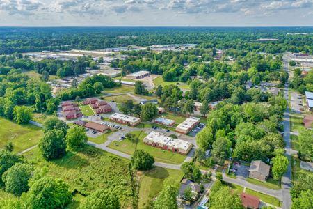 Sunset Village - Pine Bluff