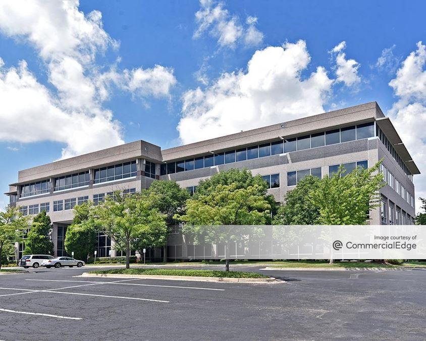 Compass Corporate Centre - 11225 College Blvd