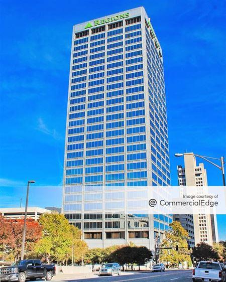 Regions Center Office Tower - Little Rock