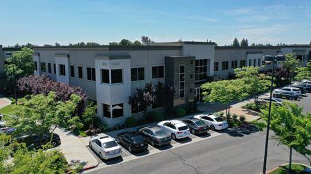 Palm Bluffs Corporate Center - Fresno