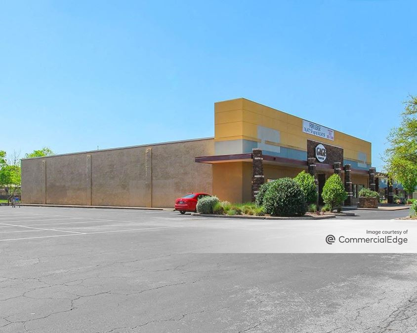North Star Center - 7711-7799 Burnet Road & 2103-2209 West Anderson Lane