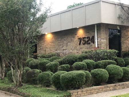 7524 South Broadway Ave - Tyler
