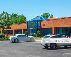 Centerpointe Corporate Park - 450 & 500 Essjay Road - Amherst