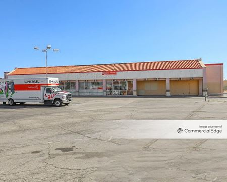 Valley Center Shopping Center - Victorville
