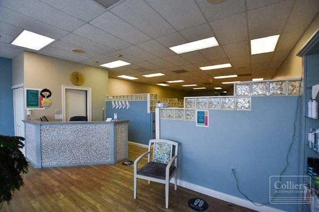 Jackson Centre Retal Space