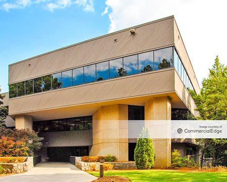 Lake Park Office - 2300 Lake Park Drive SE - Smyrna