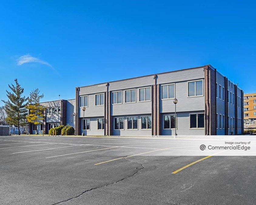 Lakeside Office Park - 2200 Lake Avenue