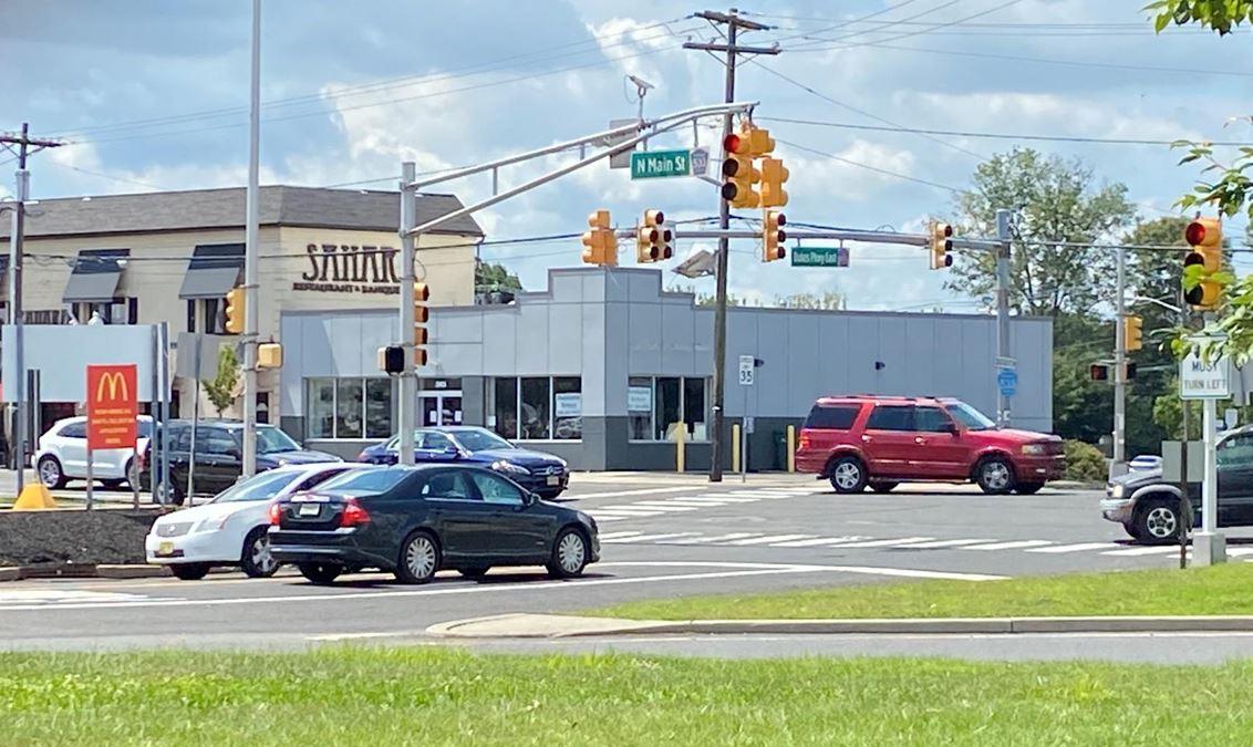345 N Main St
