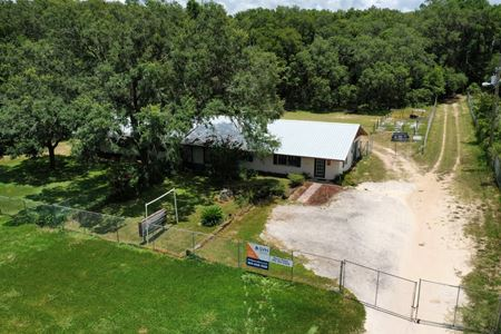 1 Acre with Office Warehouse on US 98 - Dade City
