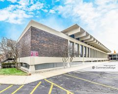 Lincolnwood Corporate Center - Lincolnwood