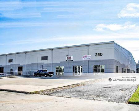 Portwall Distribution Center - 250 Portwall Street - Houston