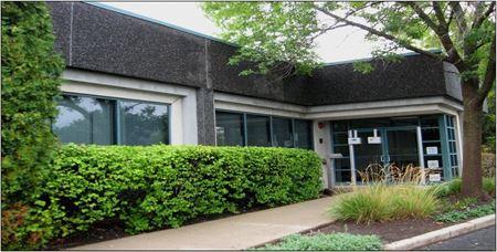 Deerpath Professional Building - Vernon Hills