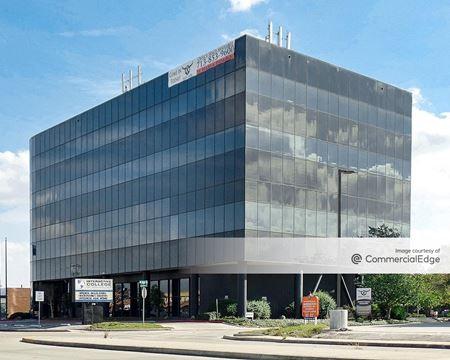Pasadena Office Building - Pasadena