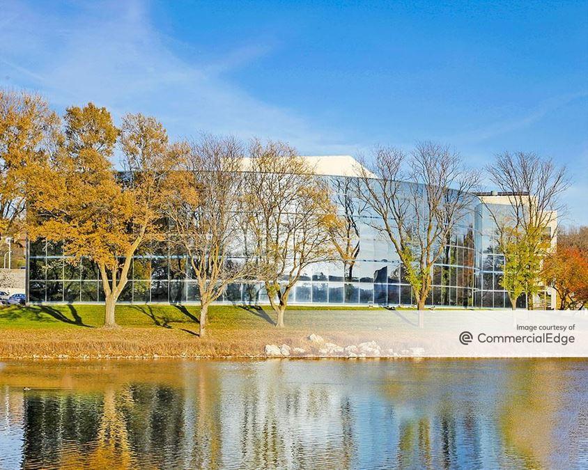 Lake Regency Office Building