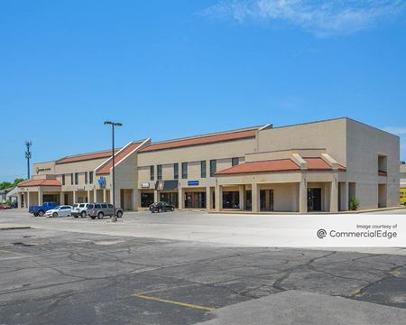 6130 East Central Avenue - Wichita