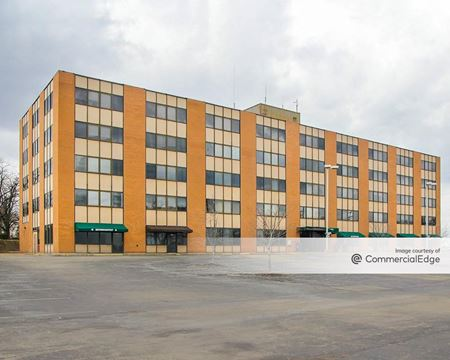 10 Corporate Center - Pittsburgh