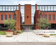 Butterfield Office Plaza - Oak Brook