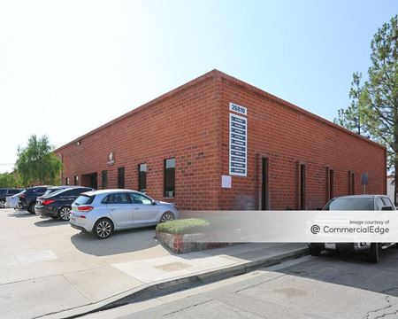 Cornerstone Business Parks - 26810-26818 Oak Avenue - Canyon Country