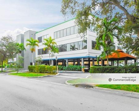 International City Building - North Miami Beach
