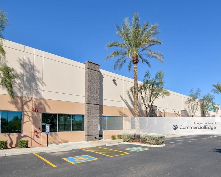 North Loop 101 Business Center - 950 West Behrend Drive