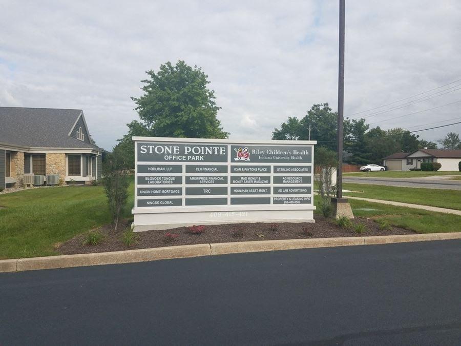 421 - Stone Pointe Office Park - Executive Suites