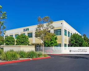 High Image Office Space - Lake Forest