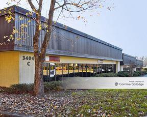 Oakcliff Center - Doraville