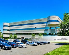 280 Corporate Center - 5 Becker Farm Road