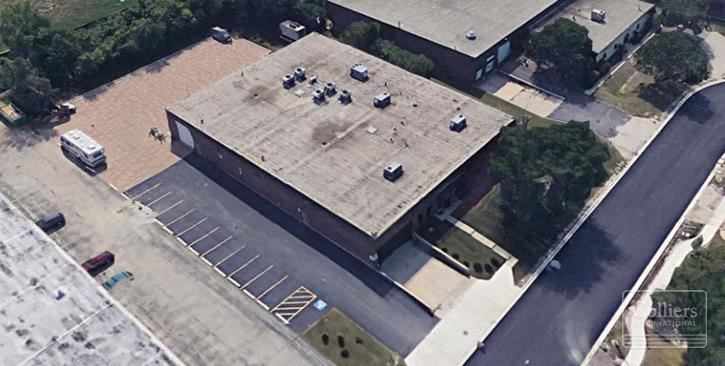 16.026 SF Available for Lease or Sale in Downers Grove, IL