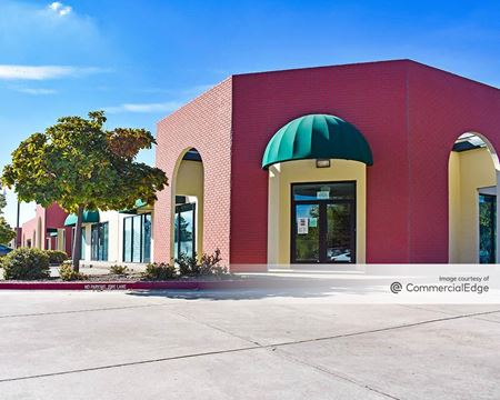 8303-8331 Sierra College Blvd - Roseville