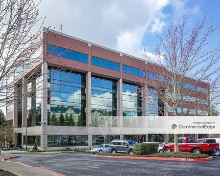 Kruse Woods Corporate Park - 6000 Meadows - Lake Oswego