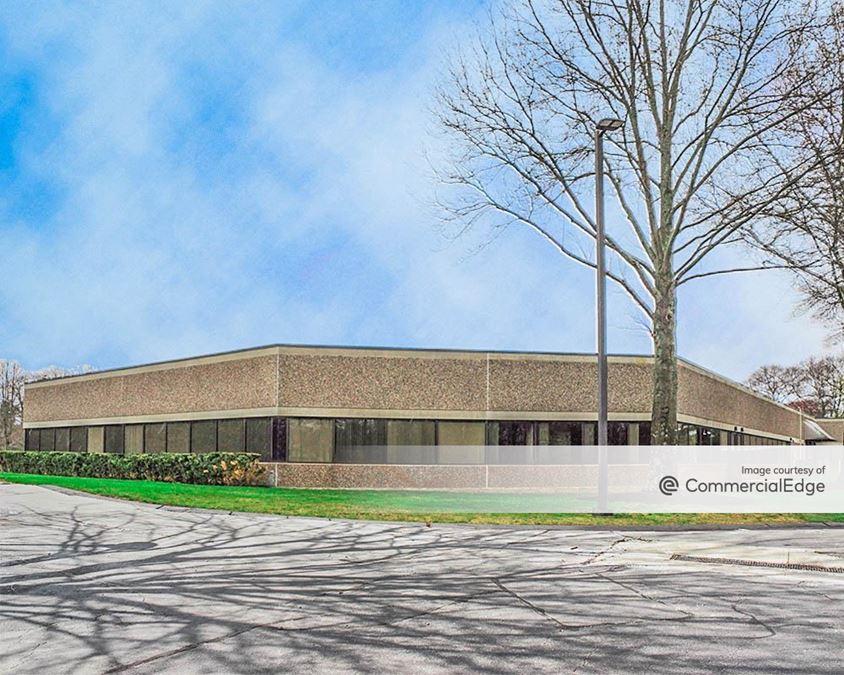 Foxborough Business Center - Building 200
