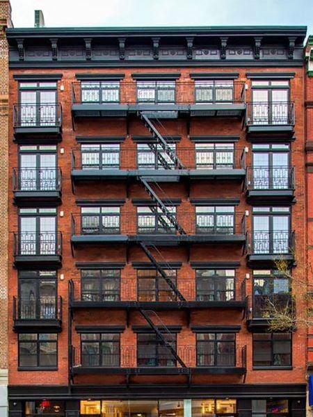 152 2nd Avenue - New York