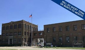21,450 SF Space Available Short-Term or Month-to-Month in Rockford, IL