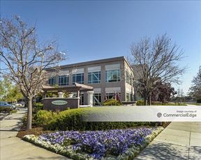 The Pointe at Redwood Shores - Redwood City