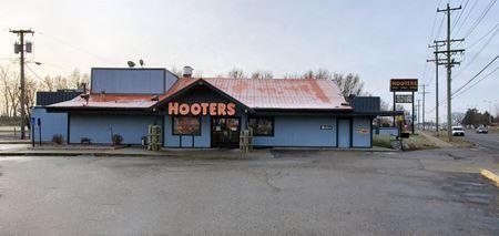 Former Hooters Restaurant - Roseville