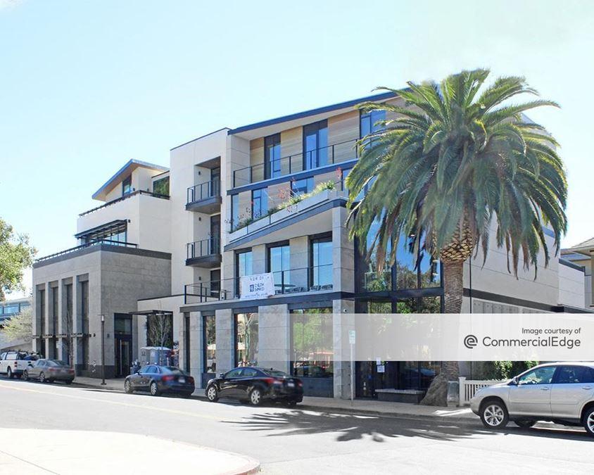 506-556 Santa Cruz Avenue