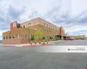 Tri-Lakes Medical Pavilion
