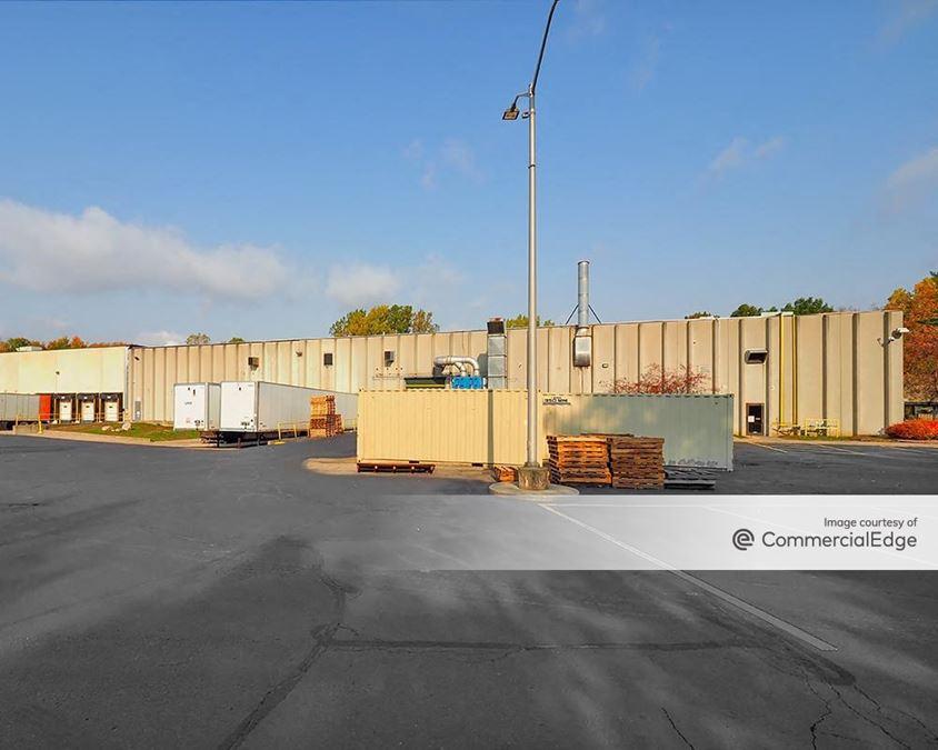 Albion Industrial Park - 926 Elliott Road