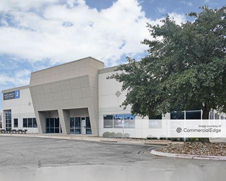 8220 Cross Park Drive - Austin